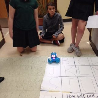 6th Graders work with Dot-N-Dash Robots
